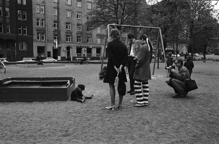 Iloinen elämä talteen! Suomalaisen perhekaitafilmin seitsemän vuosikymmentä